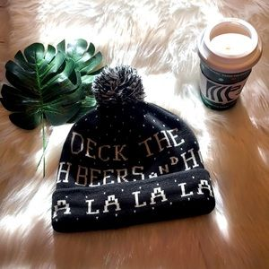 American Eagle Deck The Halls Holiday Beanie OS